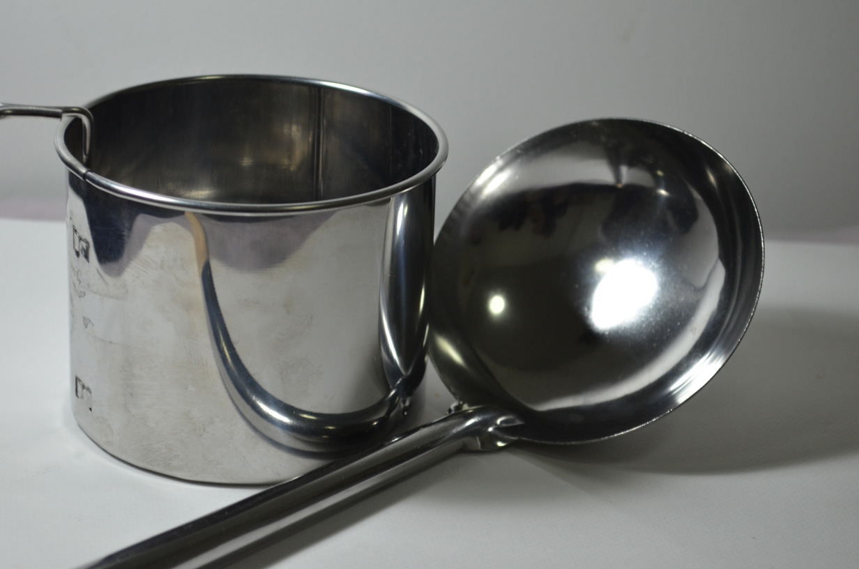 Metal Sieve With Handle
